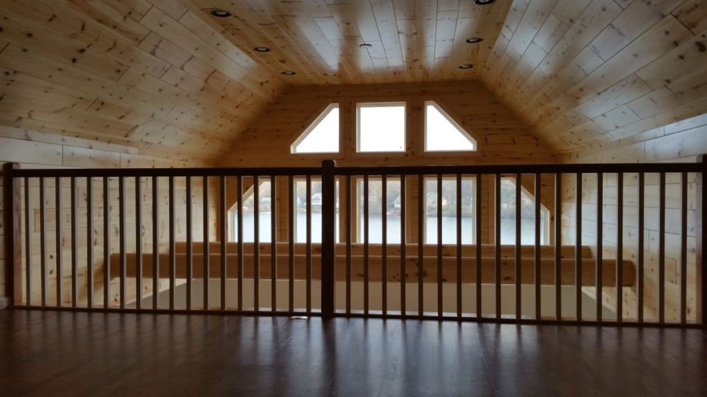 Chalet vaulted living and dining area